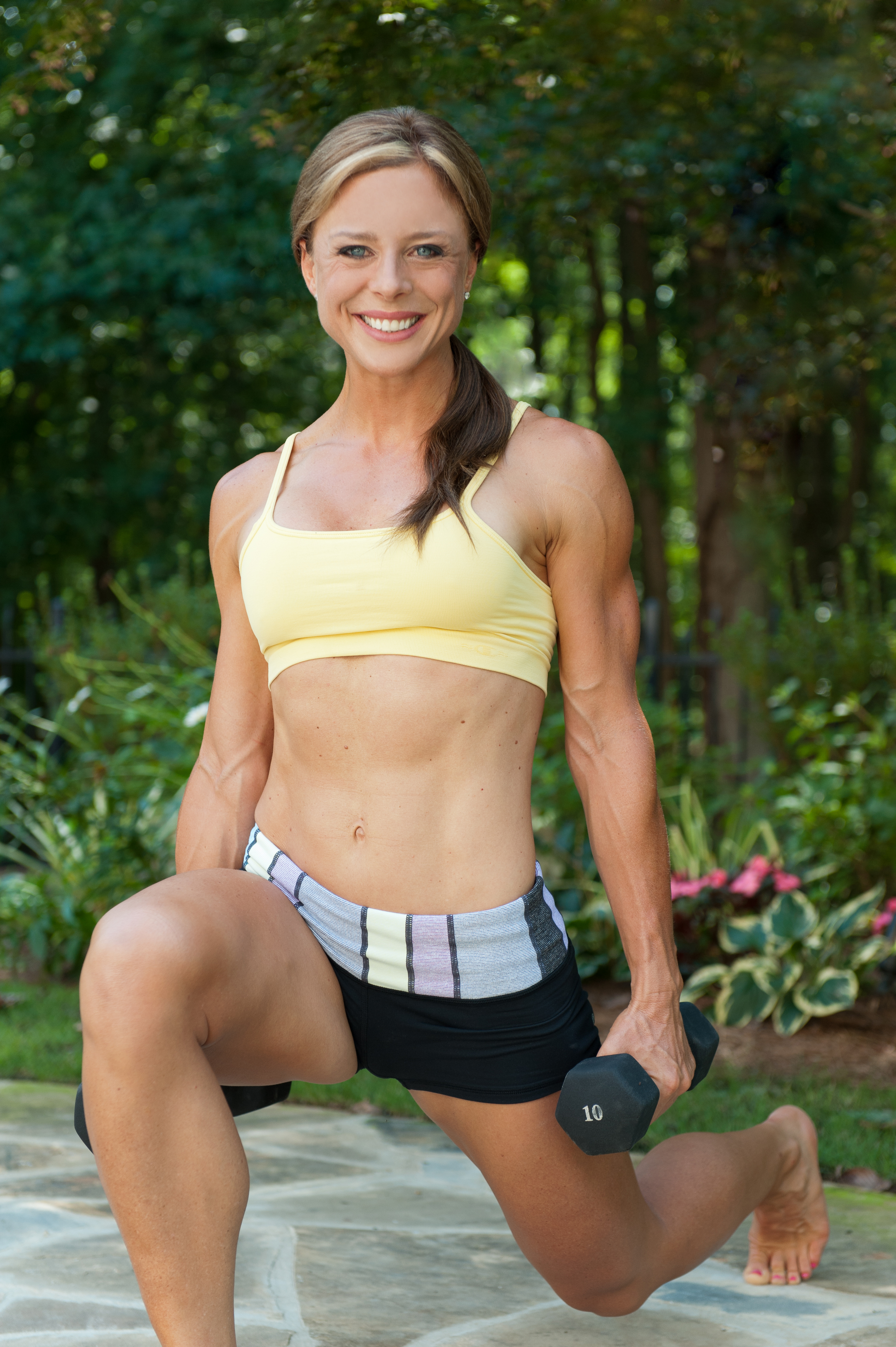 "Female Body Fat %:  What's being ""lean"" worth to ya?"